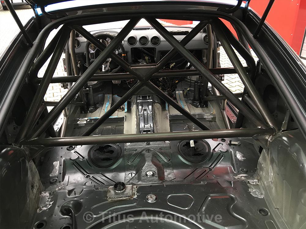 Audi TT Einschweißkäfig